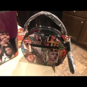 Medium rounded top Michelle Obama purse w/strap